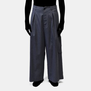 VOAAOV<br>wool tuck wide pocket pants<img class='new_mark_img2' src='https://img.shop-pro.jp/img/new/icons2.gif' style='border:none;display:inline;margin:0px;padding:0px;width:auto;' />