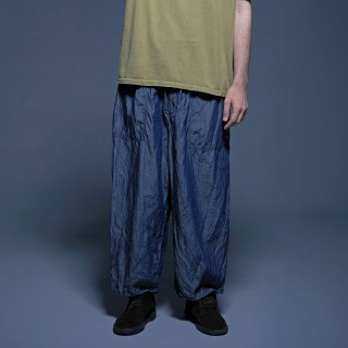 yoko sakamoto<br>BAGGY TROUSERS (BLUE)<img class='new_mark_img2' src='https://img.shop-pro.jp/img/new/icons53.gif' style='border:none;display:inline;margin:0px;padding:0px;width:auto;' />