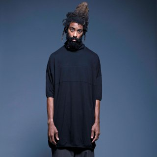 yoko sakamoto<br>HIGH NECK LONG T-SHIRT