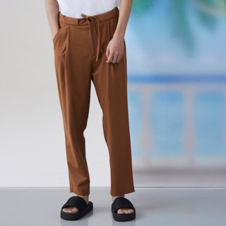 FFIXXED STUDIOS<br>COMMUNAL TROUSER<img class='new_mark_img2' src='https://img.shop-pro.jp/img/new/icons20.gif' style='border:none;display:inline;margin:0px;padding:0px;width:auto;' />
