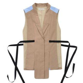 AKIKO AOKI<br>Layers vest