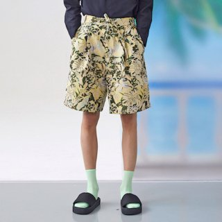FFIXXED STUDIOS<br>PLEAT SHORTS