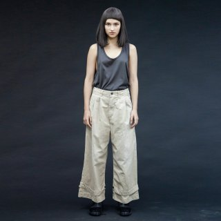 my beautiful landlet<br>chino tuck wide pants (PLANE)