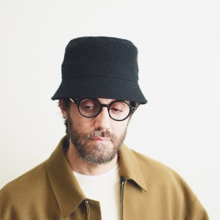 Nine Tailor<br>Shaggy Hat<img class='new_mark_img2' src='https://img.shop-pro.jp/img/new/icons2.gif' style='border:none;display:inline;margin:0px;padding:0px;width:auto;' />