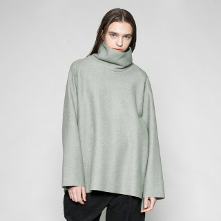 VOAAOV<br>compressed wool jersey high-necked<img class='new_mark_img2' src='https://img.shop-pro.jp/img/new/icons2.gif' style='border:none;display:inline;margin:0px;padding:0px;width:auto;' />