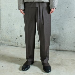 ohta<br>dark brown slacks<img class='new_mark_img2' src='https://img.shop-pro.jp/img/new/icons2.gif' style='border:none;display:inline;margin:0px;padding:0px;width:auto;' />