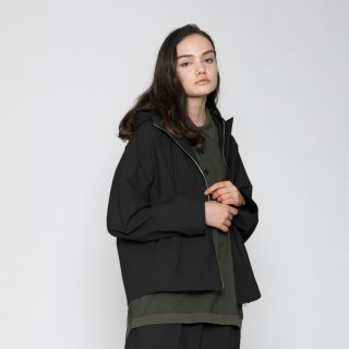 VOAAOV<br>SUSTAINABLE NYLON PARKA