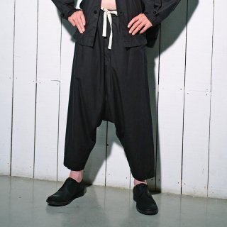 YOKO SAKAMOTO<br>WORK TAPERED PANTS<img class='new_mark_img2' src='https://img.shop-pro.jp/img/new/icons2.gif' style='border:none;display:inline;margin:0px;padding:0px;width:auto;' />