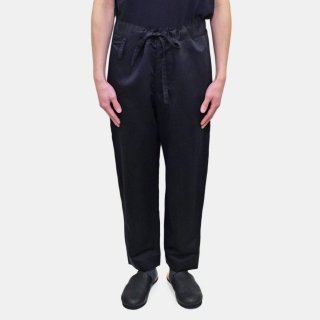 YOKO SAKAMOTO<br>ATELIER TAPERED PANTS<img class='new_mark_img2' src='https://img.shop-pro.jp/img/new/icons2.gif' style='border:none;display:inline;margin:0px;padding:0px;width:auto;' />