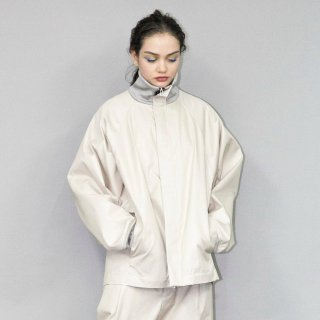 my beautiful landlet<br>CHAMBRAY GABA BLOUSON <img class='new_mark_img2' src='https://img.shop-pro.jp/img/new/icons2.gif' style='border:none;display:inline;margin:0px;padding:0px;width:auto;' />