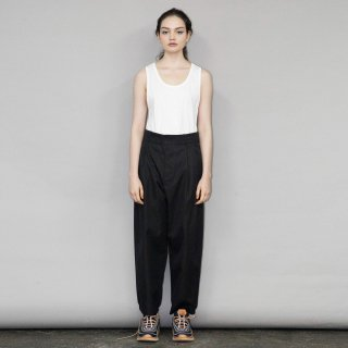 my beautiful landlet<br>CHAMBRAY GABA PANTS<img class='new_mark_img2' src='https://img.shop-pro.jp/img/new/icons2.gif' style='border:none;display:inline;margin:0px;padding:0px;width:auto;' />