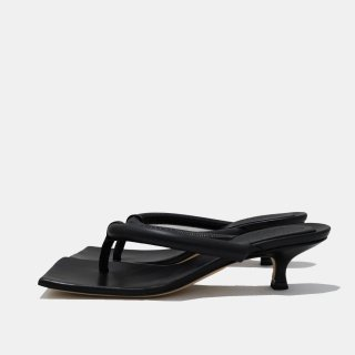 A.W.A.K.E  MODE<br>PAIGE FLIPFLOP<img class='new_mark_img2' src='https://img.shop-pro.jp/img/new/icons2.gif' style='border:none;display:inline;margin:0px;padding:0px;width:auto;' />