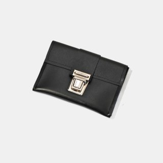 CAMIEL FORTGENS<br>wallet leather<img class='new_mark_img2' src='https://img.shop-pro.jp/img/new/icons2.gif' style='border:none;display:inline;margin:0px;padding:0px;width:auto;' />