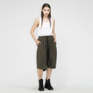 my beautiful landlet<br>WASHER STRIPE BACK WARP HALF PANTS<img class='new_mark_img2' src='https://img.shop-pro.jp/img/new/icons2.gif' style='border:none;display:inline;margin:0px;padding:0px;width:auto;' />