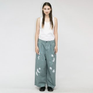 my beautiful landlet<br>CHINO TUCK WIDE PANTS (PAINT)<img class='new_mark_img2' src='https://img.shop-pro.jp/img/new/icons2.gif' style='border:none;display:inline;margin:0px;padding:0px;width:auto;' />