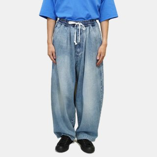 my beautiful landlet<br>10.5oz DENIM WIDE EASY PANTS<img class='new_mark_img2' src='https://img.shop-pro.jp/img/new/icons2.gif' style='border:none;display:inline;margin:0px;padding:0px;width:auto;' />