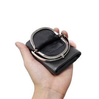 ED ROBERT JUDSON<br>TRI FOLD WALLET<img class='new_mark_img2' src='https://img.shop-pro.jp/img/new/icons2.gif' style='border:none;display:inline;margin:0px;padding:0px;width:auto;' />