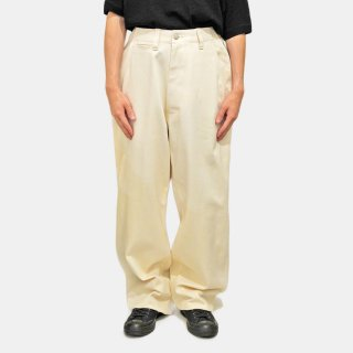 E.TAUTZ<br>CORE FIELD TROUSERS (ECRU)<img class='new_mark_img2' src='https://img.shop-pro.jp/img/new/icons2.gif' style='border:none;display:inline;margin:0px;padding:0px;width:auto;' />