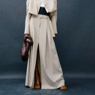 A.W.A.K.E  MODE<br>DOUBLE PLEAT MAXI PANT SKIRT<img class='new_mark_img2' src='https://img.shop-pro.jp/img/new/icons2.gif' style='border:none;display:inline;margin:0px;padding:0px;width:auto;' />