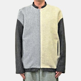 ohta<br>white gray jumper<img class='new_mark_img2' src='https://img.shop-pro.jp/img/new/icons2.gif' style='border:none;display:inline;margin:0px;padding:0px;width:auto;' />