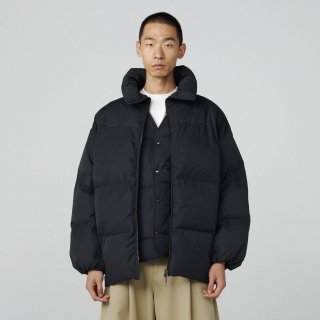 STUDIO NICHOLSON<br>ECODOWN TECH COTTON INJECTION DOWN SHORT JACKET<img class='new_mark_img2' src='https://img.shop-pro.jp/img/new/icons2.gif' style='border:none;display:inline;margin:0px;padding:0px;width:auto;' />
