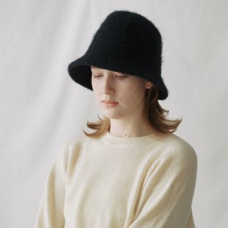 Nine Tailor<br>Wisteria Hat<img class='new_mark_img2' src='https://img.shop-pro.jp/img/new/icons2.gif' style='border:none;display:inline;margin:0px;padding:0px;width:auto;' />