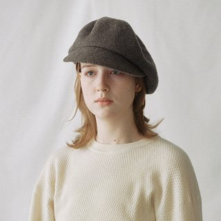 Nine Tailor<br>Dyeriana Cap<img class='new_mark_img2' src='https://img.shop-pro.jp/img/new/icons2.gif' style='border:none;display:inline;margin:0px;padding:0px;width:auto;' />