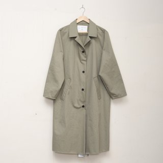 CAMIEL FORTGENS<br>Long coat aloe green cotton twill<img class='new_mark_img2' src='https://img.shop-pro.jp/img/new/icons2.gif' style='border:none;display:inline;margin:0px;padding:0px;width:auto;' />
