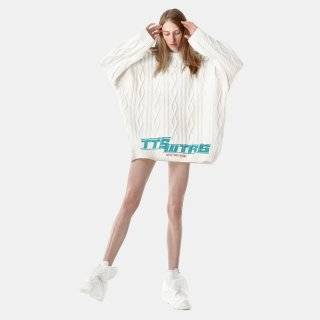 TTSWTRS<br>CABLE-KNIT SWEATER<img class='new_mark_img2' src='https://img.shop-pro.jp/img/new/icons2.gif' style='border:none;display:inline;margin:0px;padding:0px;width:auto;' />