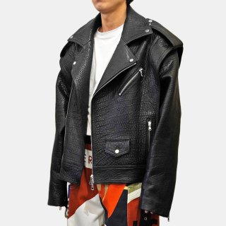 RED SEPTEMBER<br>Black leather jacket with zipper closure<img class='new_mark_img2' src='https://img.shop-pro.jp/img/new/icons2.gif' style='border:none;display:inline;margin:0px;padding:0px;width:auto;' />