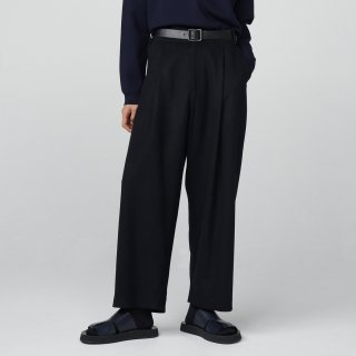 STUDIO NICHOLSON<br>FELTED FINE WOOL TAILORED VOLUME PANT<img class='new_mark_img2' src='https://img.shop-pro.jp/img/new/icons2.gif' style='border:none;display:inline;margin:0px;padding:0px;width:auto;' />