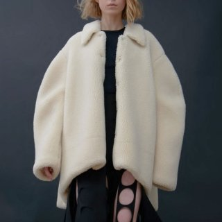 A.W.A.K.E  MODE<br>FAUX SHEARLING ROUNDED SNAP BUTTON JACKET<img class='new_mark_img2' src='https://img.shop-pro.jp/img/new/icons2.gif' style='border:none;display:inline;margin:0px;padding:0px;width:auto;' />