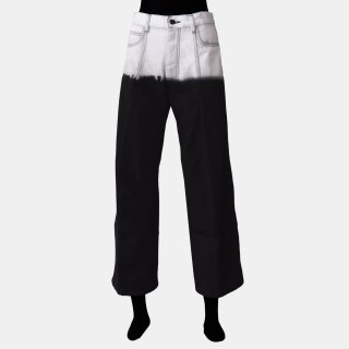 melitta baumeister<br>BENDED DENIM PANTS<img class='new_mark_img2' src='https://img.shop-pro.jp/img/new/icons2.gif' style='border:none;display:inline;margin:0px;padding:0px;width:auto;' />