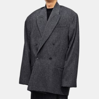 HED MAYNER<br>DROPPED BACK DOUBLE BREASTED JACKET<img class='new_mark_img2' src='https://img.shop-pro.jp/img/new/icons2.gif' style='border:none;display:inline;margin:0px;padding:0px;width:auto;' />