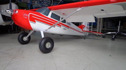"<img class='new_mark_img1' src='https://img.shop-pro.jp/img/new/icons17.gif' style='border:none;display:inline;margin:0px;padding:0px;width:auto;' />87""Cessna170 3D 6Sリポ付 送受信機レス 新同品画像4"