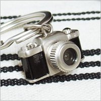 LED カメラ キーリング シルバー