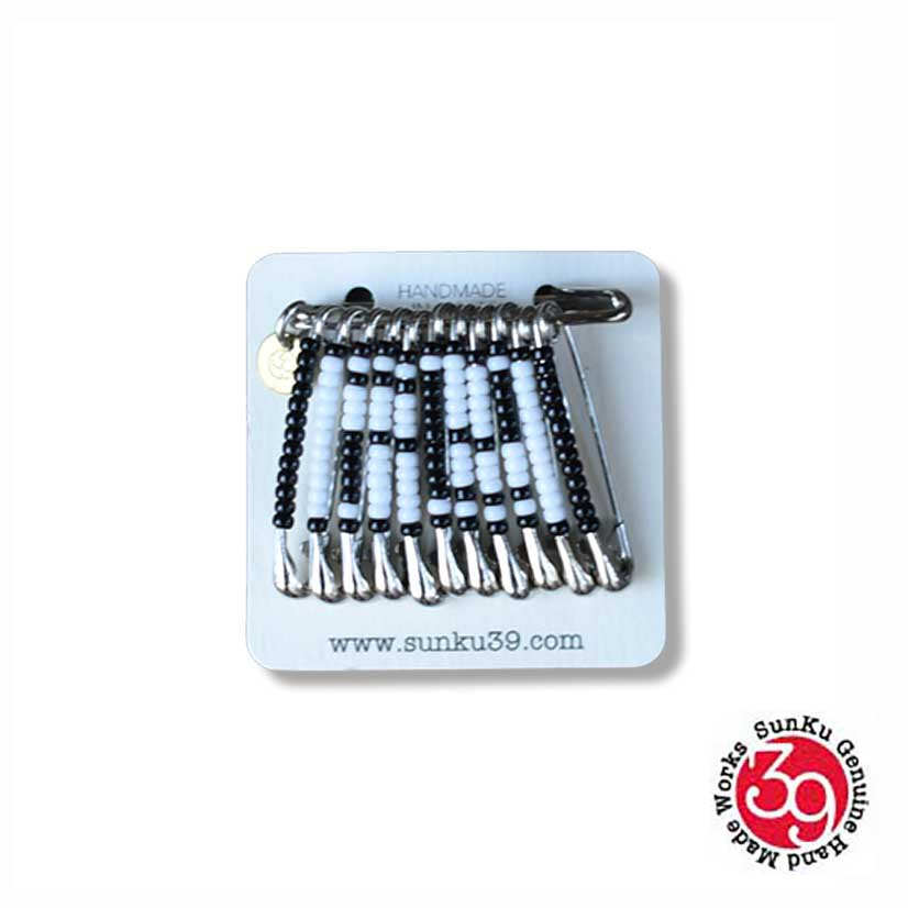SunKu×HOLY TERRORS / SAFETY PIN BADGE「SWASTIKA」