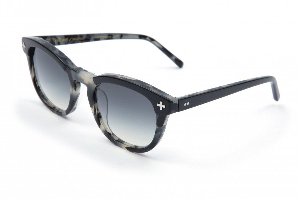 """YALE �"" black×gray leopard frame / smoke lens"