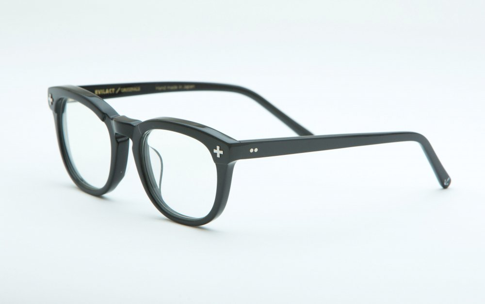 YALE � black frame / dimming lens