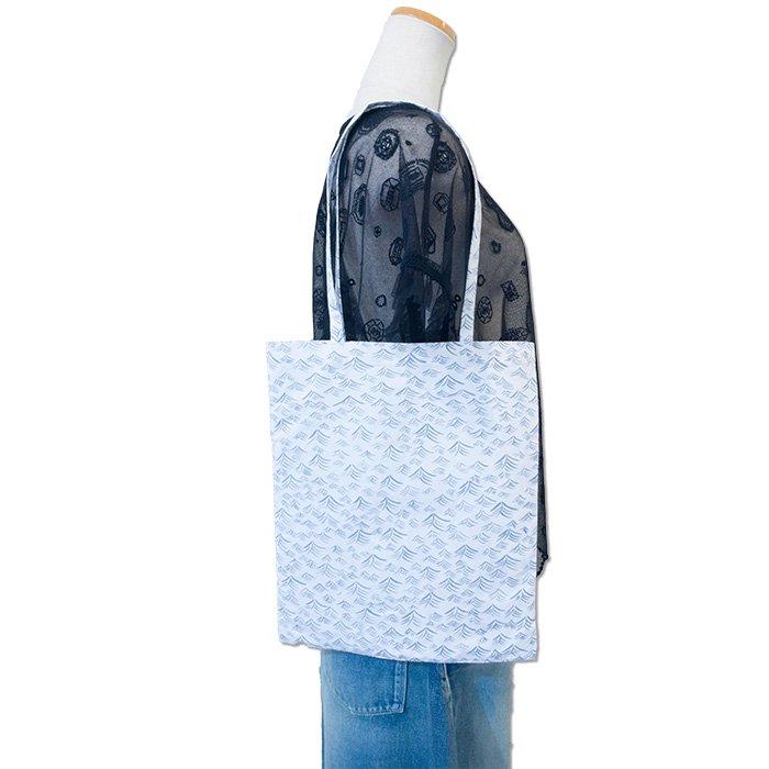 ミナペルホネン post bag -umi- (小) # white
