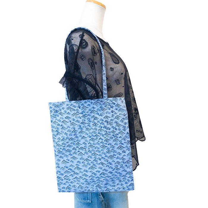 ミナペルホネン post bag -umi- (小) # blue