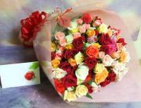 採れたて旬!大感謝セール♪1本130円色とりどりミックスバラの花束 12月15日発送まで