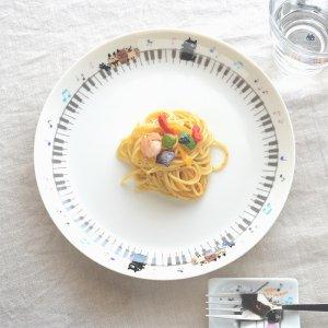 Shinzi katoh シンジカトウ ピアノの鍵盤に乗った猫ちゃんたちが可愛い 陶器の大皿 プレートUN-MUSIC