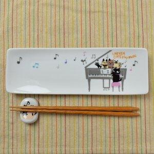 Shinzi Katoh シンジカトウ デザイン 合唱コンクールに向けて練習中の猫たちのイラストがかわいい<br>アニーブンキャッツ シリーズ UN アルファプレートMUSIC  日本製