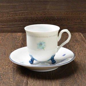 Shinzi katoh シンジカトウ デザイン <br>カップの三つ足の形状が珍しくて可愛いブルーの薔薇柄がお洒落なデザイン <br>ブルーローズ シリーズ ROSEカップソーサーA