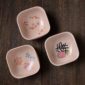 ShinziKatoh シンジカトウデザイン 色々なシーンで活躍する便利な小鉢<br>彩りの和シリーズ 鯛 さくら うめのデザインが可愛い<br>四角小鉢278 各種1セット6個入美濃焼  110cc