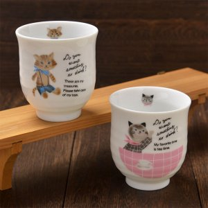 Shinzi Katoh シンジカトウ デザイン <br>ブルー系とピン系の猫のイラストが可愛陶器の湯呑<br>ミャウミャウシリーズ MM ゆのみ 各種 美濃焼 日本製