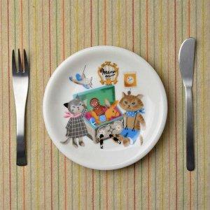 Shinzi katoh シンジカトウ デザイン <br>ねこ雑貨 猫達が描かれたイラストが大人可愛い 陶器の小皿<br>MeowMeow ミャウミャウシリーズ カフェプレート 美濃焼MM-CP