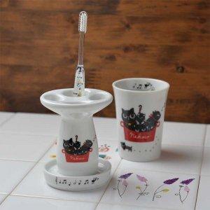 Shinzi katoh シンジカトウ 音楽好きな黒猫達のイラストが可愛い <br>NEKOCOシリーズ NE 陶器のハブラシスタンドA 美濃焼