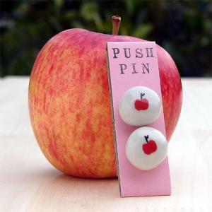 手作りプッシュピン りんご&りんご  (Handmade Push pins  Apple&Apple)